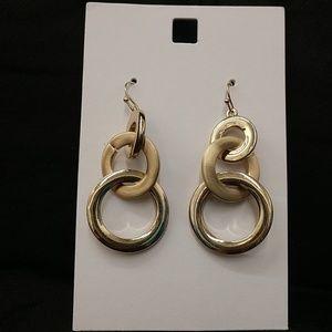 NWOT BEELINE Old Navy Dangle Earrings